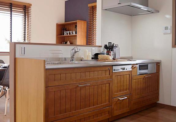 ヒューバ アンド スタイル(HYVA AND STYLE)内観キッチン写真